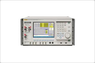 Estándares de alimentación eléctrica 6105A/6100B